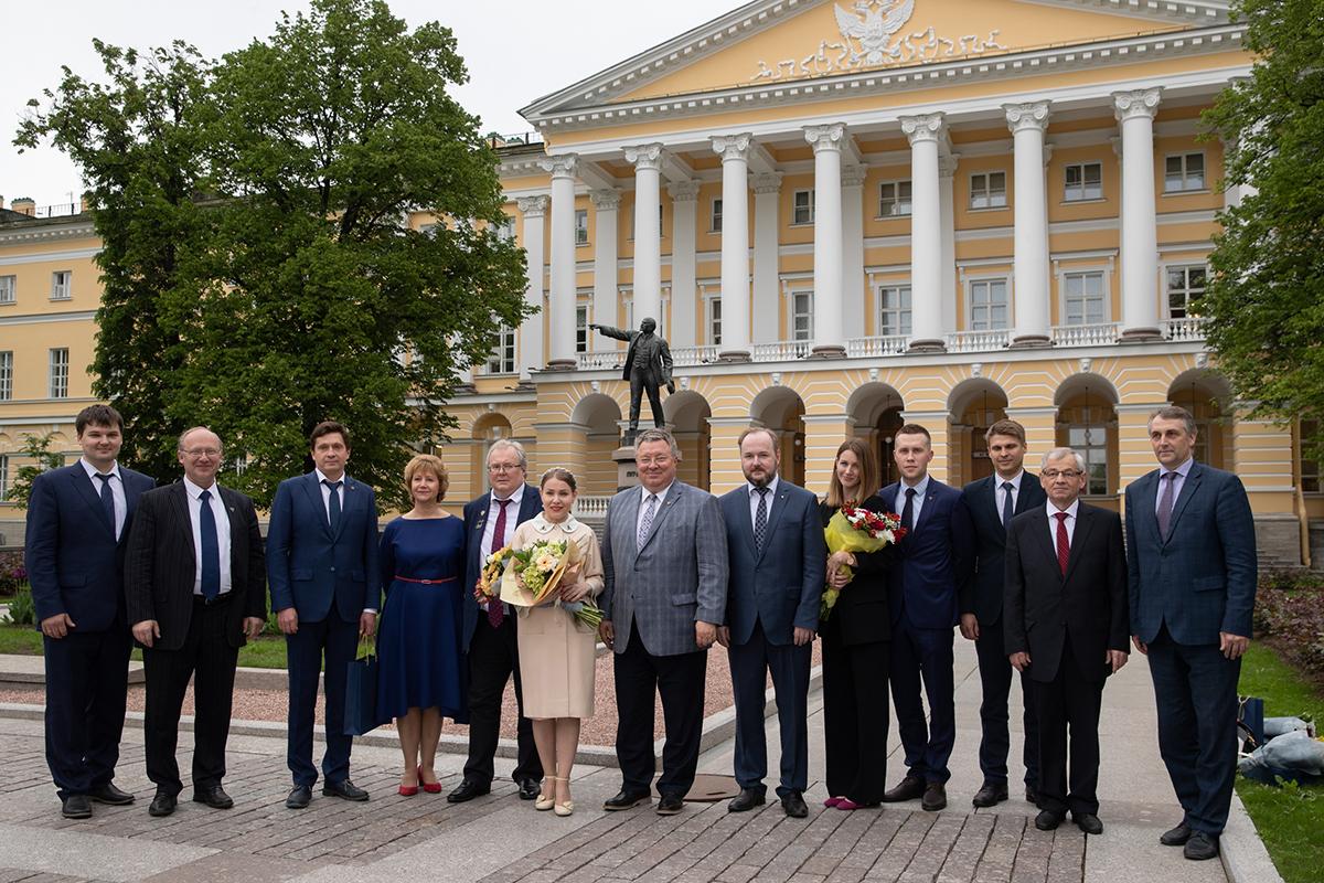 Заслуженные награды в юбилейный для Санкт-Петербургского политехнического университета Петра Великого год вручили политехникам 28 мая в актовом зале Смольного.